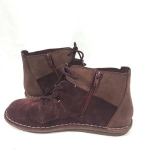 NWOB Clark's Collection  Burgundy Suede 8.5